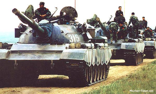Танки Type 88/80 на марше