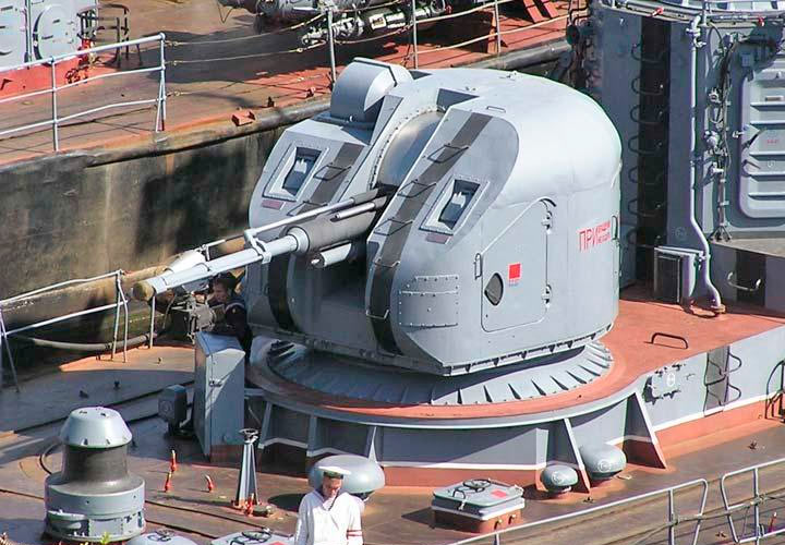 Корабельная артиллерийская установка АК-176