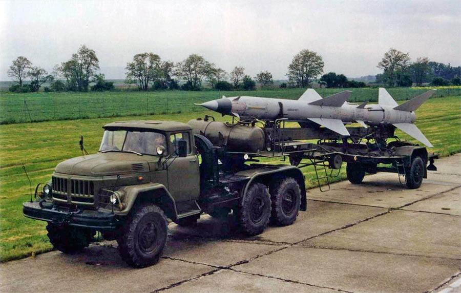Ракета комплекса С-75 в транспортном положении