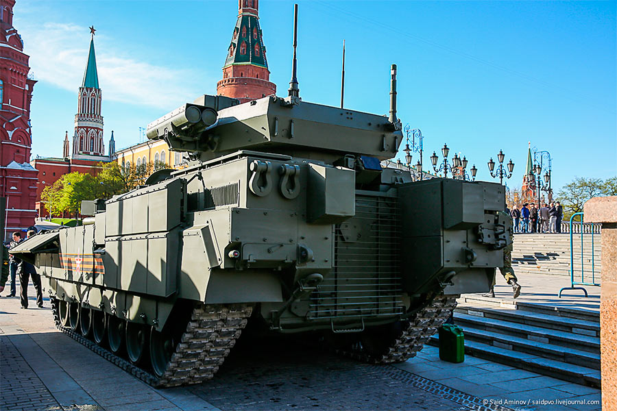 БМП Т-15, вид сзади