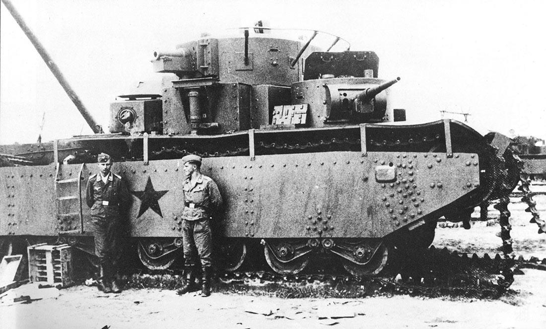 Большая часть немецких «трофеев» из числа танков Т-35 не боевые.