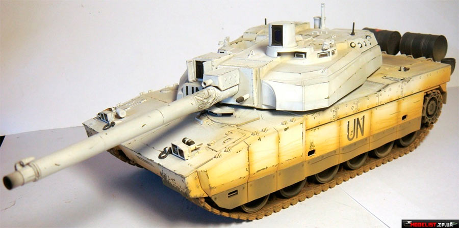 Модель основного танка АМХ-56 «Leclerc»
