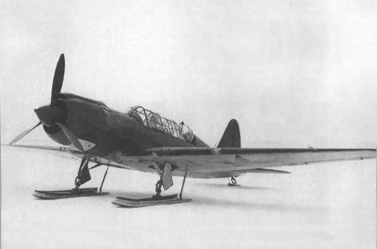 Бомбардировщик Су-2 на лыжном шасси