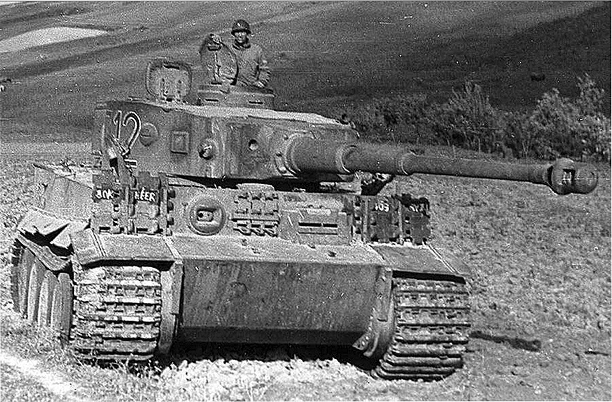 Захваченный американцами в Тунисе тяжелый танк Pz VI «Тигр»