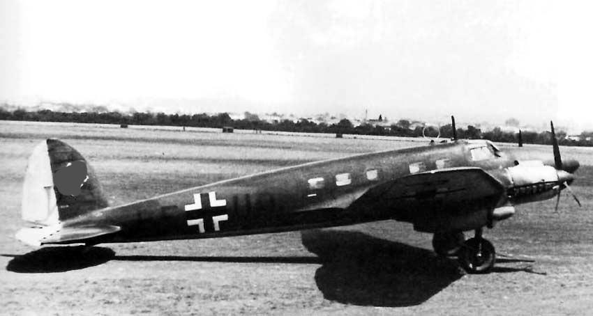Пассажирский He-111. Согласитесь, гражданская версия выглядит изящнее военной?