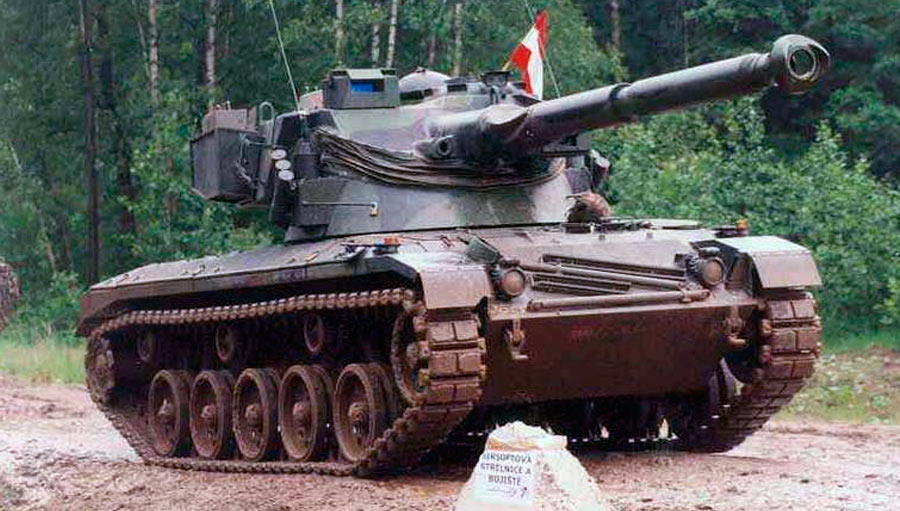 Легкий танк SK-105 «Кирасир»