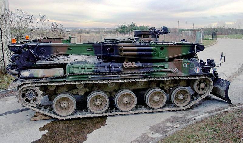 БРЭМ/инженерная машина AMX-30D на базе танка AMX-30