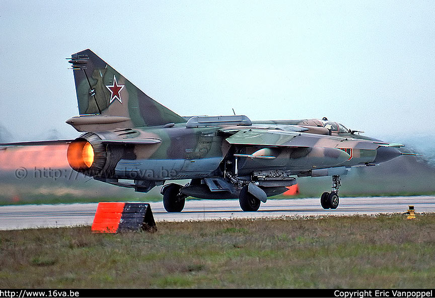 МиГ-23, вид сзади