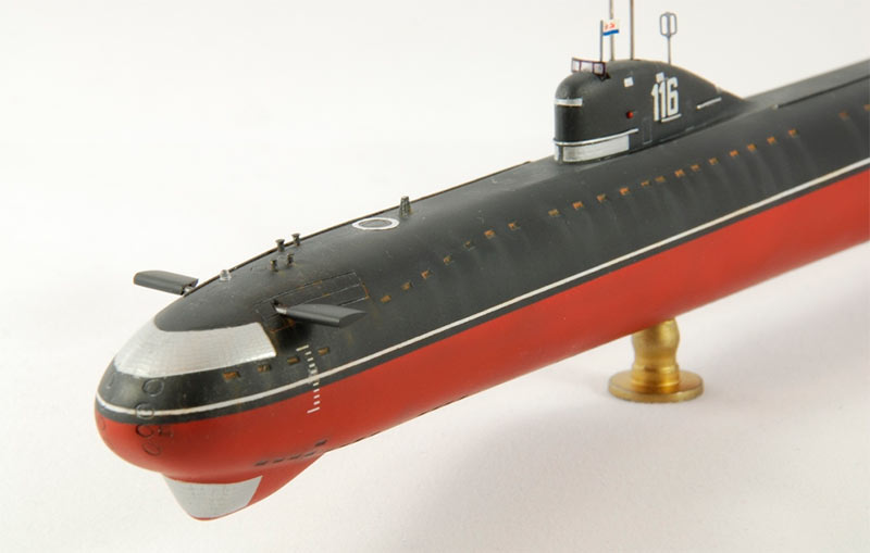 submarine project Abstract do you dream about making deep, undersea voyages let this project take you 20,000 leagues under the sea investigate how submarines dive and surface by changing their buoyancy in this fun project.