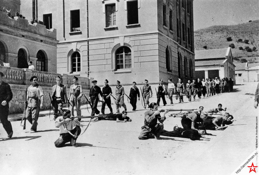 Импровизированный тренировочный лагерь ополченцев Каталонии, война в Испании