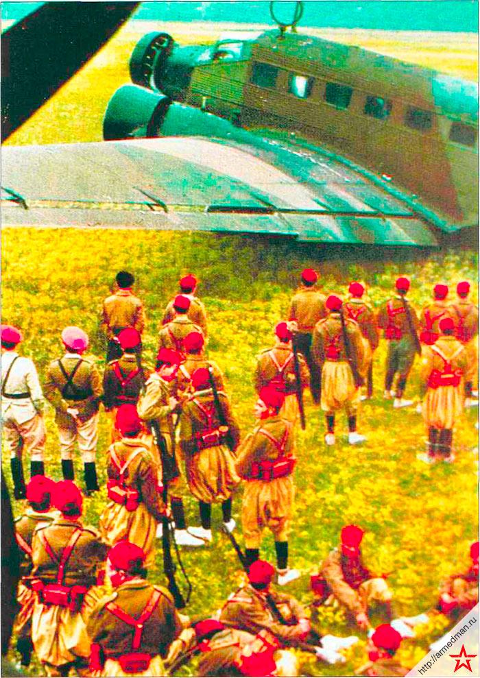 Солдаты испанского иностранного легиона в Марокко перед отправкой в Испанию, 1936