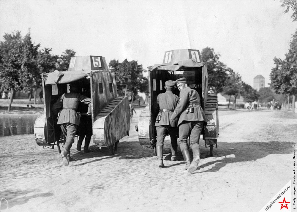 Учения бравых танкистов в Германии, 1925 г.