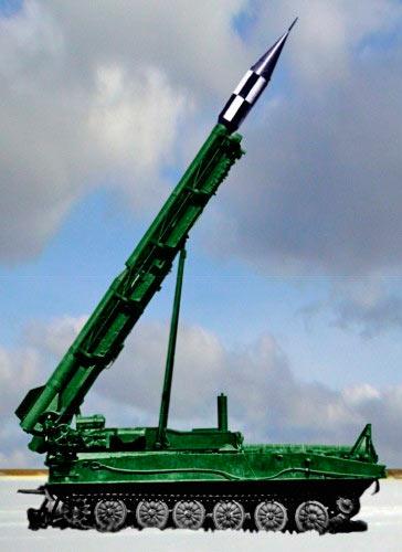 Ракетный комплекс 2К6 «Луна» изготовленный к бою