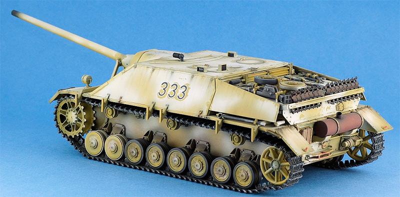 Немецкий истребитель танков Jagdpanzer IV, вид сзади (модель)