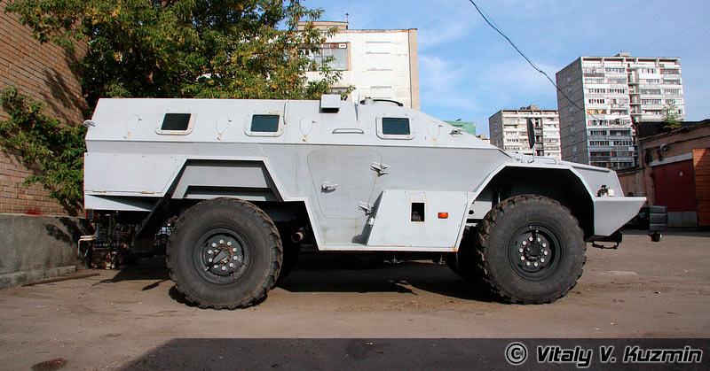 Гражданский вариант бронеавтомобиля КамАЗ-43269 «Выстрел»