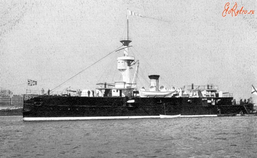 Канонерская лодка «Гиляк» в боевой раскраске Тихоокеанской эскадры