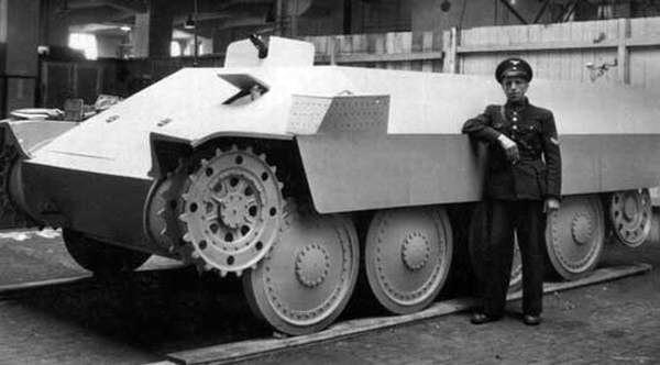 Один из прототипов БТР «Kaetzchen»