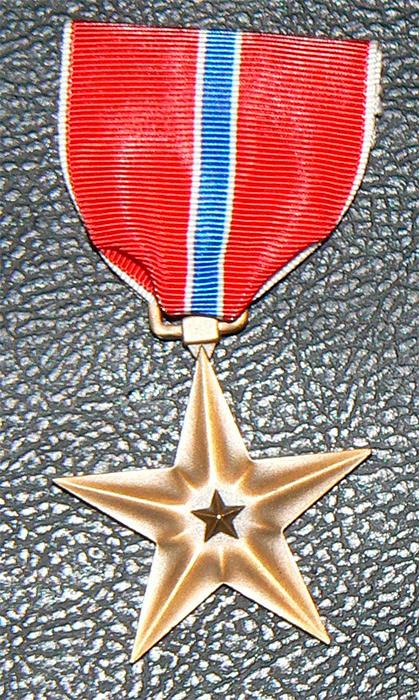 """Медаль """"Бронзовая звезда"""" (Bronze Star Medal)"""