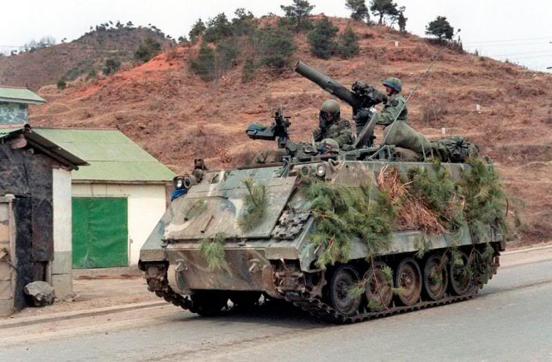 Бронетранспортер M113 с противотанковым модулем TOW над отделением десанта