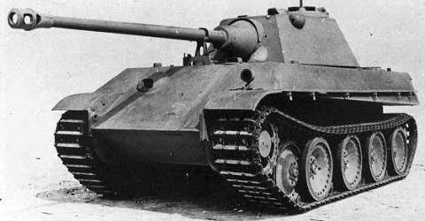 Тяжелый танк Pz.V «Panther II». Самое явное отличие прототипа «Пантера II» от оригинала - конусообразная маска пушки.