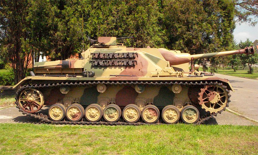 Немецкое самоходное штурмовое орудие StuG IV