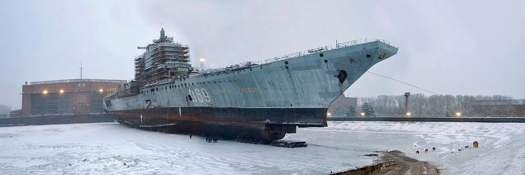 ТАКР «Адмирал Горшков»  с демонтированным обтекателем РЛС в носовой части