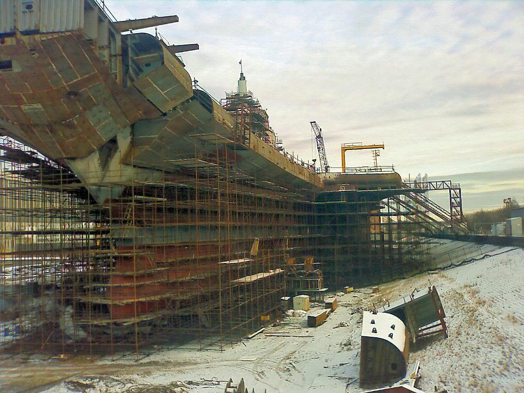 «Викрамадитья» принимает узнаваемые и характерные очертания российского авианосца «Адмирал Кузнецов»