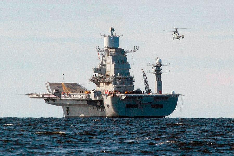Авианосец «Викрамадитья» (бывший «Адмирал Горшков»), вид сзади