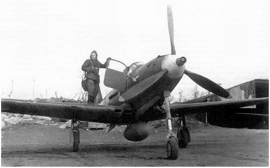 летчик-истребитель Павел Климов и его P-39 «Аэрокобра»