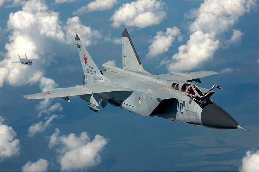 Российский истребитель-перехватчик МиГ-31