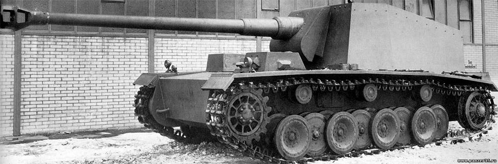 Истребитель танков «Sturer Emil». Неуязвимых целей для его 128-мм орудия просто не было