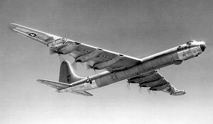 Тяжелый американский бомбардировщик B-36 Peacemaker («Миротворец»)