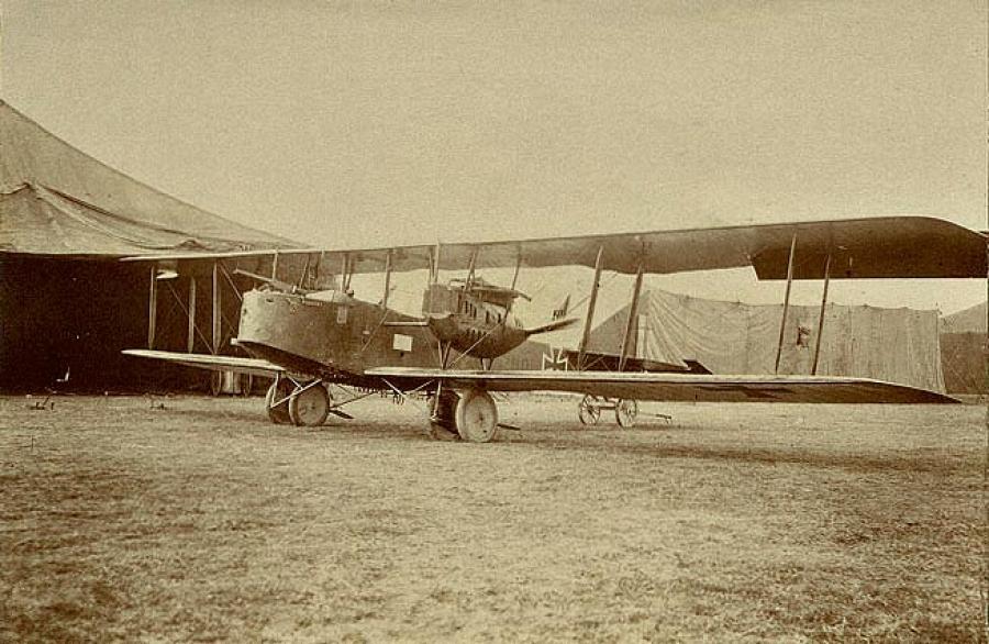 Немецкий средний бомбардировщик Friedrichshafen G.III времен Первой Мировой войны